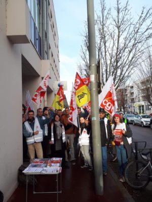Manifestation CGT chômeurs Châlon sur Saône devant Pôle Emploi